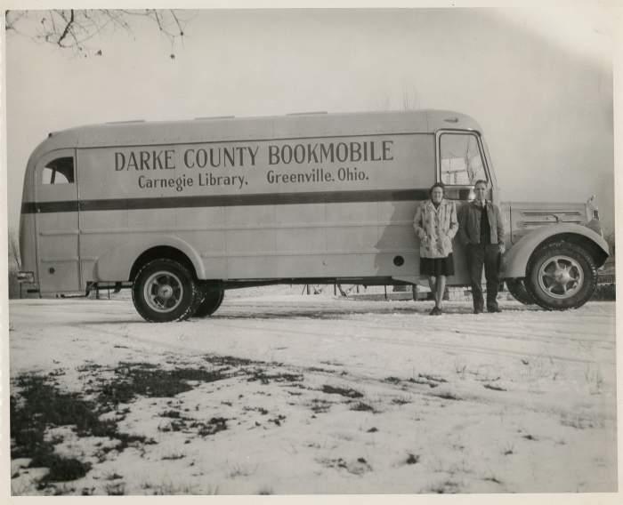 1947-bookmobile