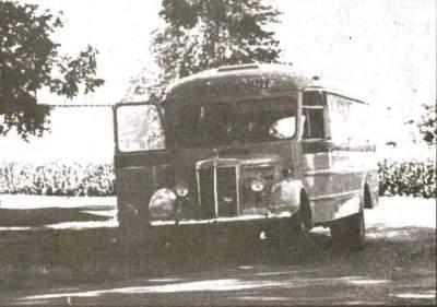 bookmobile-1949-black-and-white-3